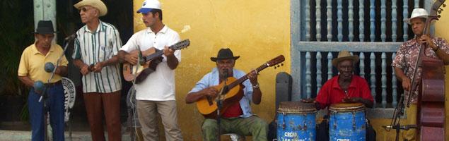 spanisch kubanische musik in kuba. Black Bedroom Furniture Sets. Home Design Ideas